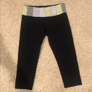 REVERSIBLE lululemon crop leggings